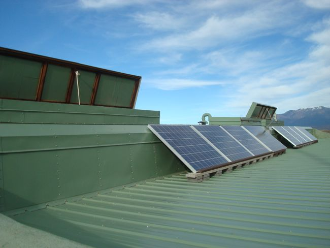 Earthship_roof