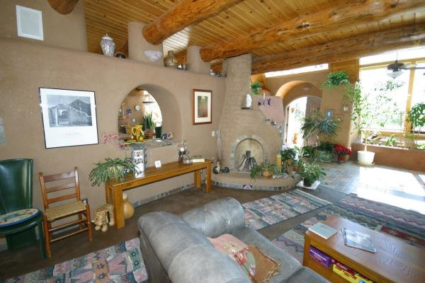 earthship-brighton-interior
